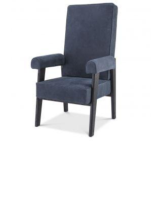 Sillón Milo de Eichholtz con respaldo alto color azul noche