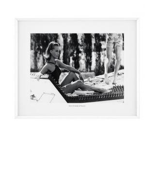 Marco Romy Schneider en la piscina de Eichholtz